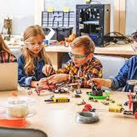 Children's 'Open Makerspace' Activities event picture